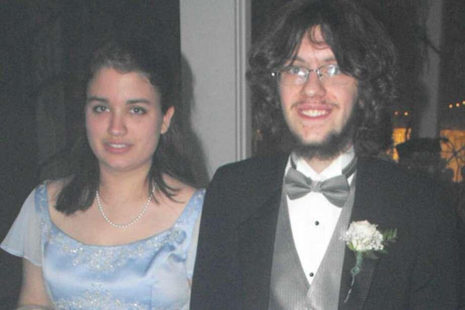 Were you seen at 2009 Emma Willard prom? Photo: Jenna Greene And Brittany De Fruscio