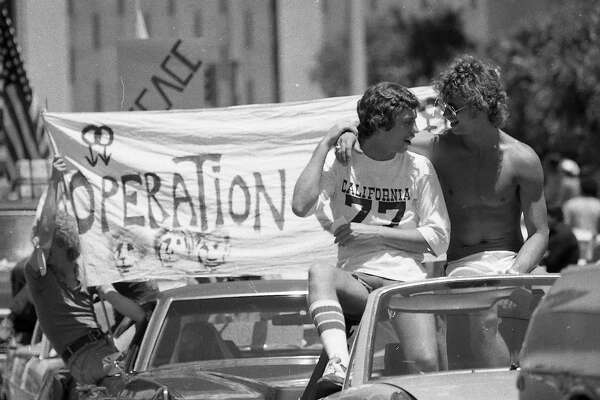 Rainbow gold mine: Early SF Pride Parade photos rediscovered