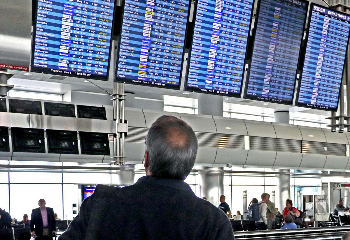 ConnectionSaver texts mean late travelers won't have to search the departures board for their connecting gate.