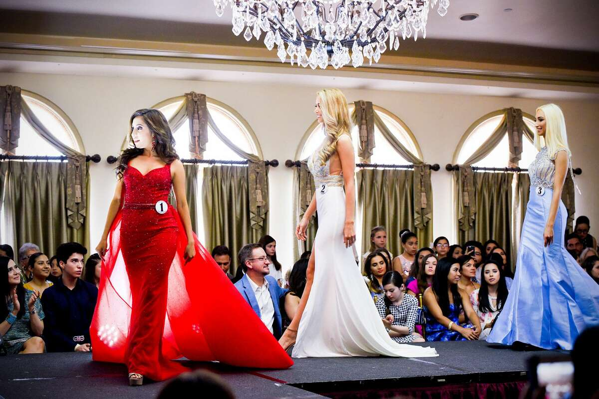 The crowd watches as Miss Laredo Pageant contestants take the stage on Saturday, Jun 8, 2019, at La Posada Hotel's San Agustin Ballroom.