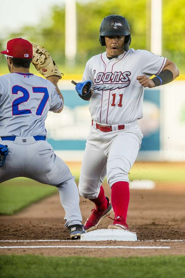 Great Lakes Loons third baseman Miguel Vargas runs back to first base during a game against the South Bend Cubs on Monday, June 10, 2019 at Dow Diamond. (Katy Kildee/kkildee@mdn.net) Photo: (Katy Kildee/kkildee@mdn.net)