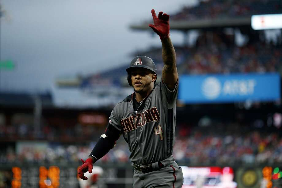 Diamondbacks top Phillies as they set record for homers in a game