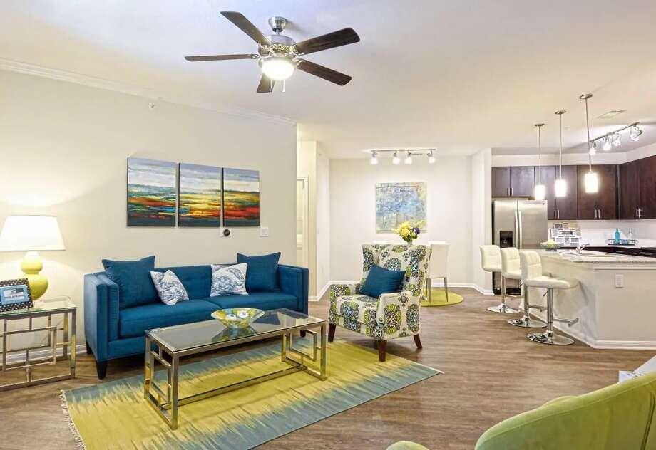 10000 Fannin St. | Photo: Apartment Guide