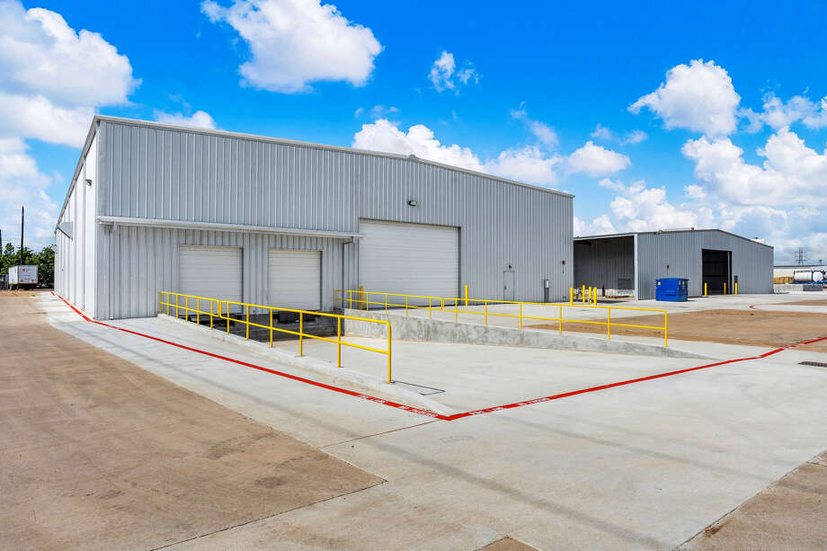 Seatex Chemical Blending and Packaging has completed an expansion of its Rosenberg plant at 239 Highway 36 North. Houston-based KDW designed and built the 40,000-square-foot building next to Seatex's existing 320,000-square-foot plant. Photo: Seatex Chemical Blending And Packaging