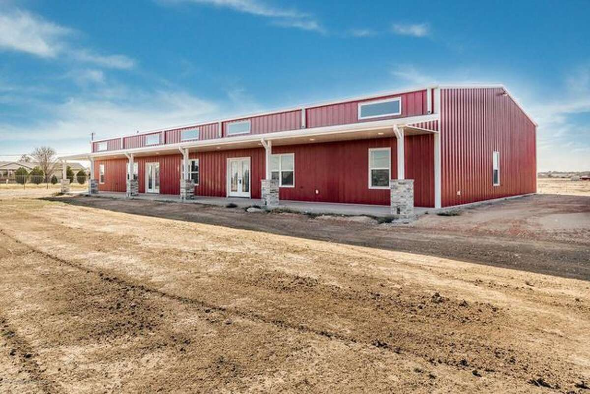 Here are 10 barndominiums for sale right now. 11110 Choctaw Trl, Amarillo, TX Price: $398,900 Amarillo acreage: Sitting on just over 7 acres on a corner lot, this barndominium exudes modern farmhouse flair inside. Built in 2018, the 2,000-square-foot interior includes three bedrooms and 2.5 bathrooms. You'll also find 14-foot ceilings, an en suite main bedroom with walk-in shower, and a wine fridge. The attached shop includes LED lighting, and two large roll-up doors and RV hookups allow room for plenty of visitors.