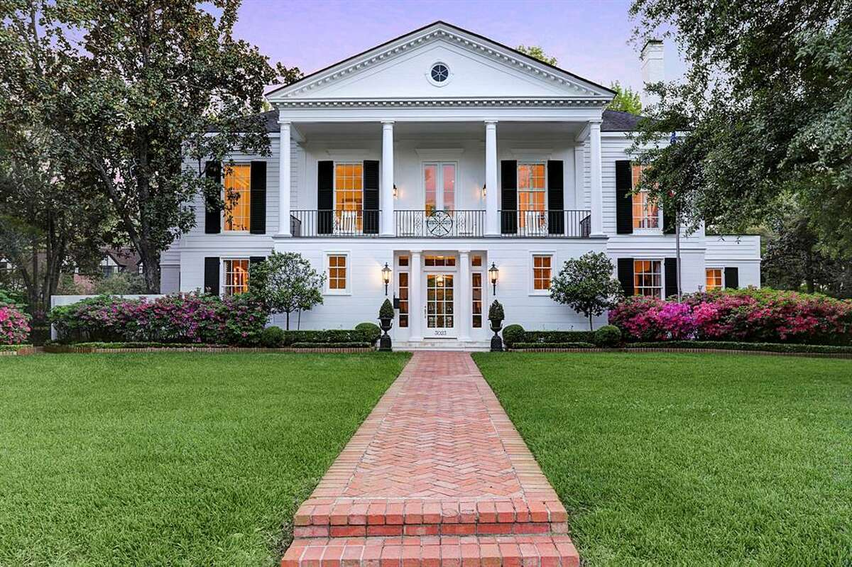 The acquisition of John Daugherty Realtors, a legacy brand in Houston's luxury housing market, by New York-based Douglas Elliman Real Estate has fallen through.