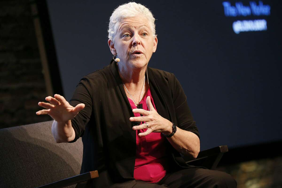 Gina McCarthy, Hartford Served Under: Barack Obama Role: Administrator of the Environmental Protection Agency (2013-2017) Prior to her appointment as the administrator of the EPA, Gina McCarthy served as the commissioner of the Connecticut Department of Environmental Protection from 2004 to 2009. McCarthy worked closely in Hartford alongside former Governor Dannel Malloy as a member of the Board of Directors of the Connecticut Green Bank. She currently lives in the Greater Boston area.