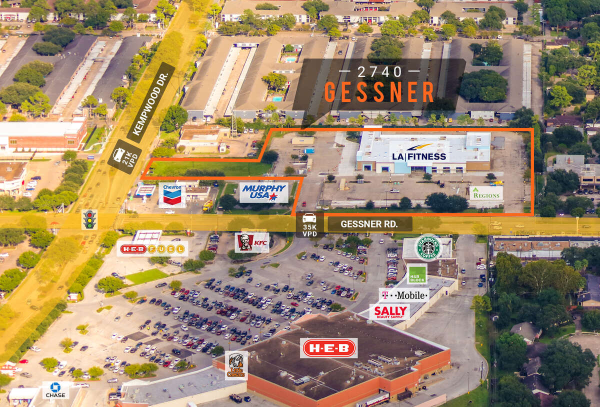 Regions Bank will open a 1,500-square-foot retail location at 2740 Gessner, a development of Williamsburg Enterprises. The center, which includes a recently opened LA Fitness, is now fully leased.