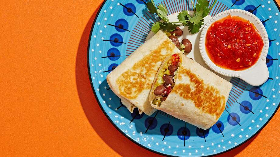 How to make better, more flavorful burritos at home. Photo: Photo By Tom McCorkle For The Washington Post. / For The Washington Post