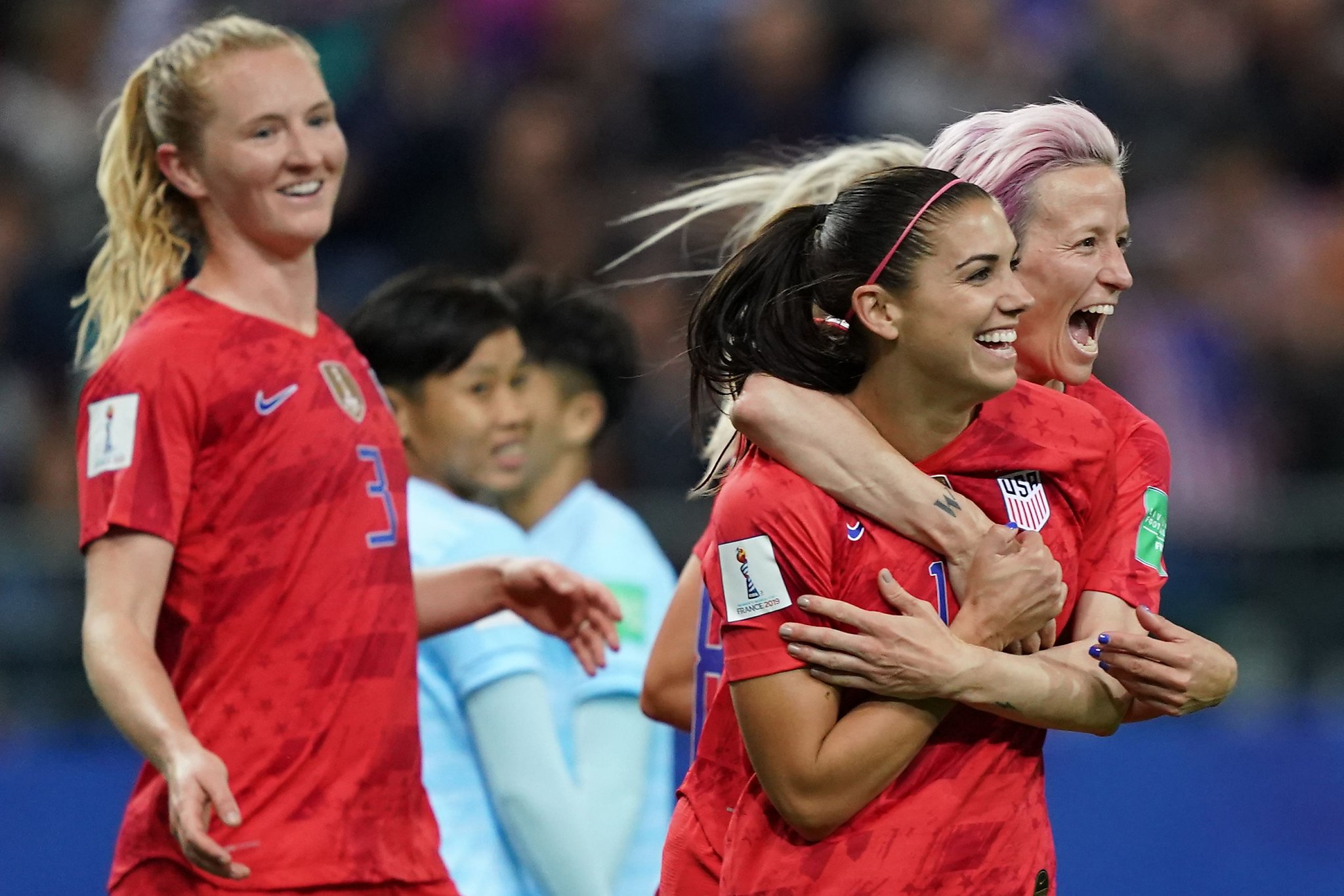The US women's national team is an American treasure. Pay them a bounty. - SFGate thumbnail