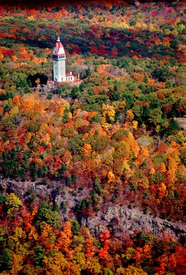 Talcott Mountain State Park in Simsbury, Conn. Photo: ALAN CHANIEWSKI / AP / THE HARTFORD COURANT
