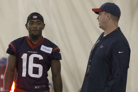 Texans coach Bill O'Brien, chatting with receiver Keke Coutee at Wednesday's minicamp, had a more football-centered day after being the recipient of a media barrage the day before.