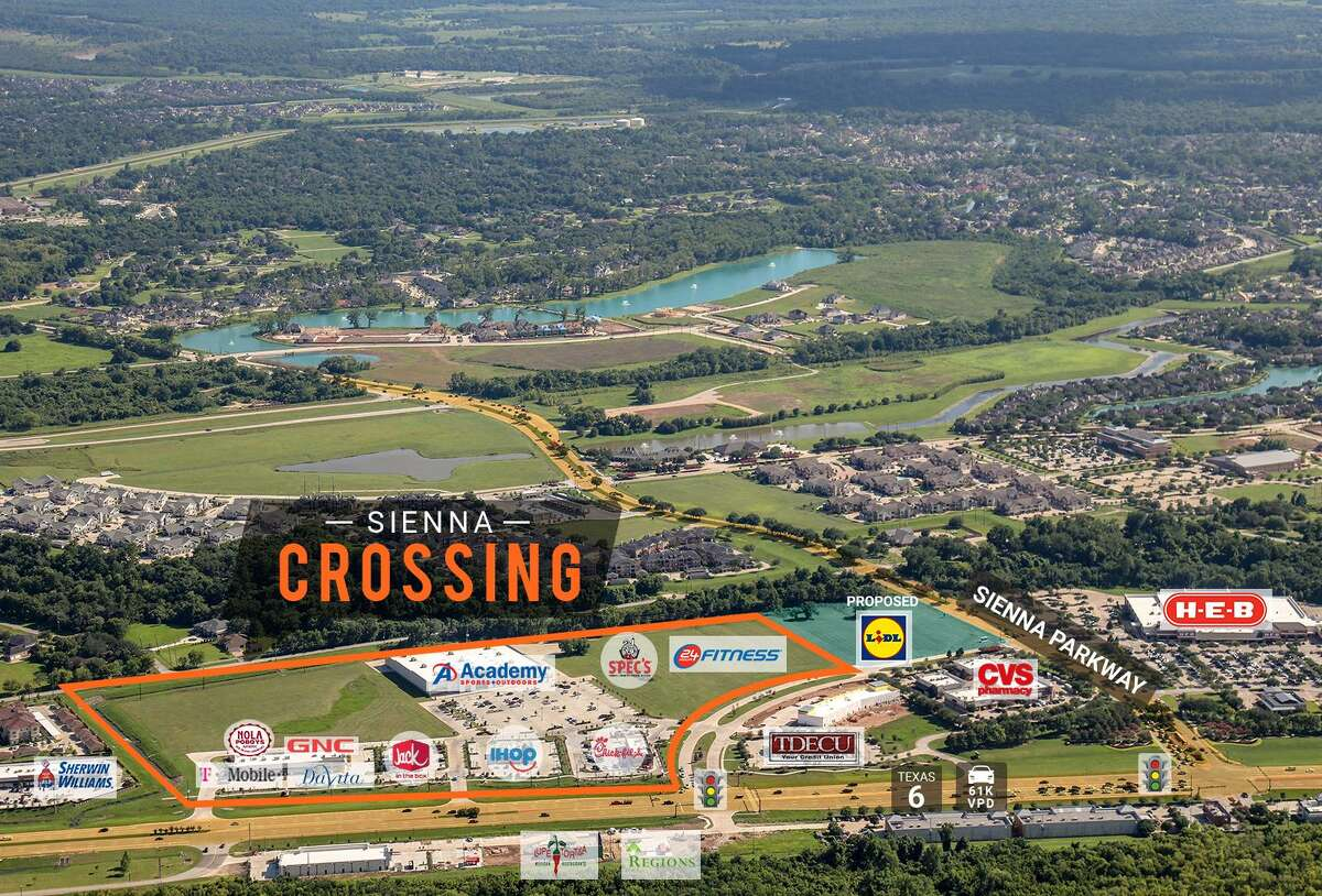 Williamsburg Enterprisesbroke ground on the 60,000-square-footSienna Crossing at Texas 6 and Sienna Parkway in Missouri City. Tenants will include 24 Hour Fitness, Spec's and a nail salon, and 14,000 square feet remains available for lease.