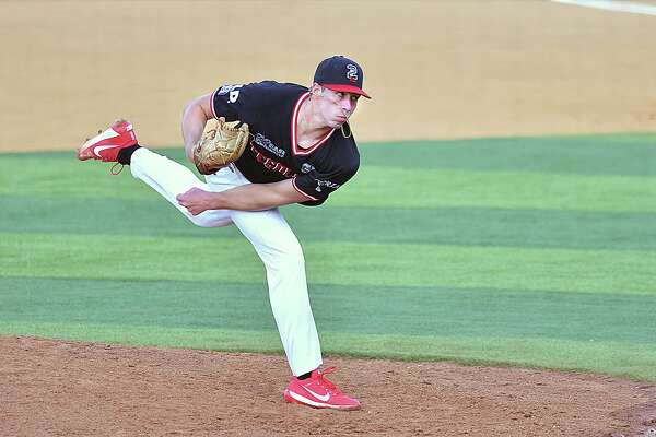 Tecolotes starting pitcher Luke Heimlich lasted 6.1 innings allowing three runs on five hits while striking out four in Game 1 of Wednesday's doubleheader.