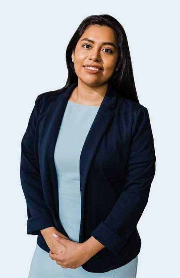 Jessica Cisneros fue seleccionada por Justice Democrats para contender contra Henry Cuéllar en las elecciones del 2020. Photo: Foto De Cortesía