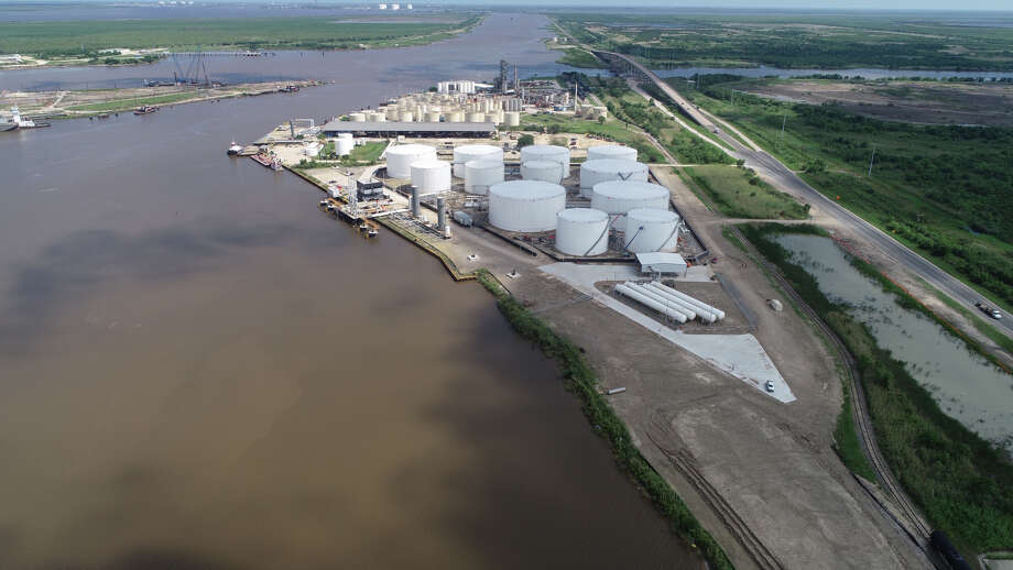 Aerial view of the Howard Energy Partners Port Arthur Terminal. The San Antonio pipeline and storage terminal operator is poised for more exports after completing a pair of expansion projects in both Port Arthur and Corpus Christi. Photo: Howard Energy Partners