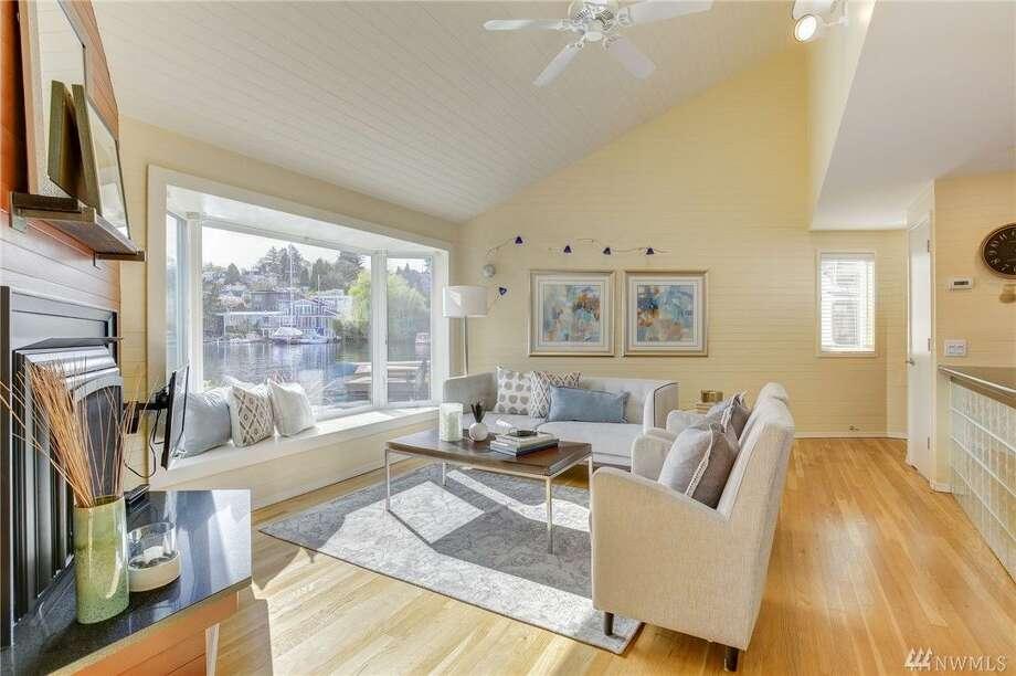 1214 East Hamlin Street 8, listed for $1,395,000. See the full listing here. Photo: Luca Sforza, Lensit Studio