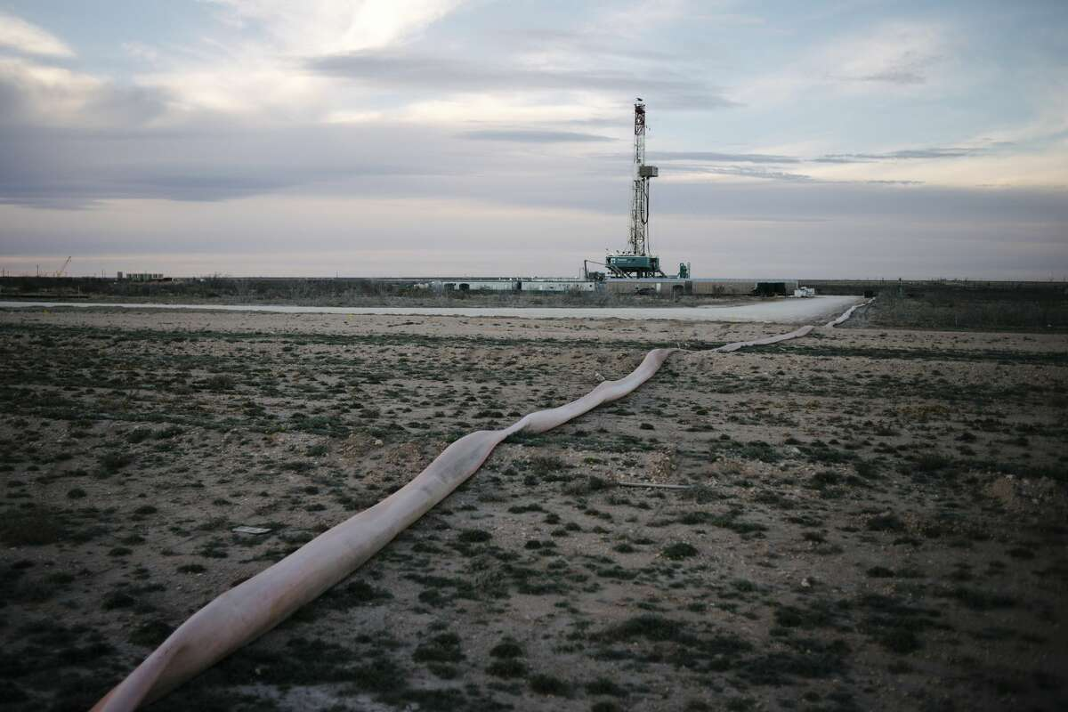 FILE -- A drilling platform outside of Midland, Texas, Feb. 20, 2019. The tussle between Chevron and Occidental over Anadarko raises questions about future E&P deals and how Permian acreage is being valued. (Brandon Thibodeaux/The New York Times)