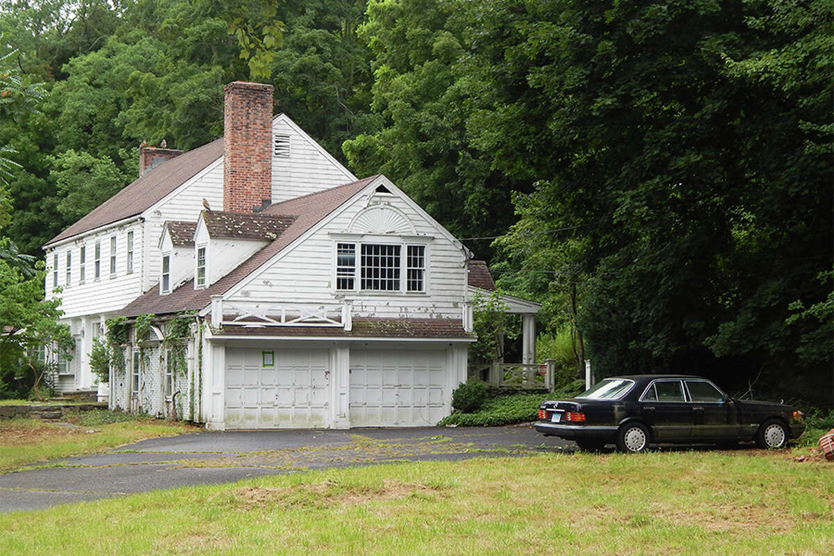 The car on the property cannot be 'legally removed' by the town, First Selectwoman Lynne Vanderslice said at the Board of Selectmen's June 18 meeting.