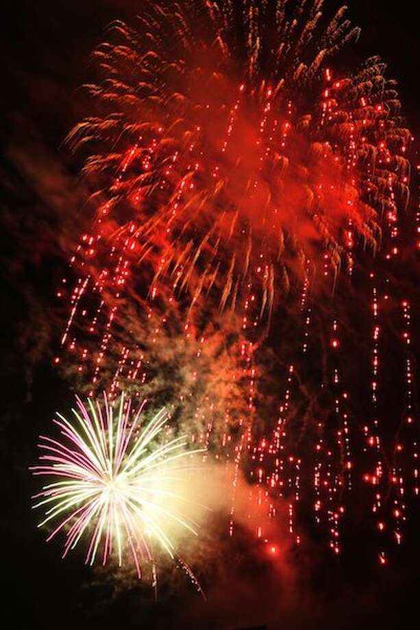 Wilton's Fourth of July fireworks went off with a bang.