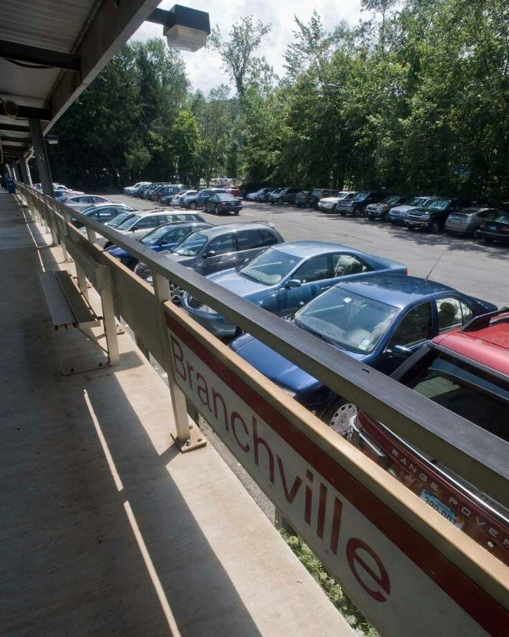 The parking lot at Branchville train station in Ridgfield can be packed. Thursday, July 29, 2010 Photo: Scott Mullin / The News-Times Freelance