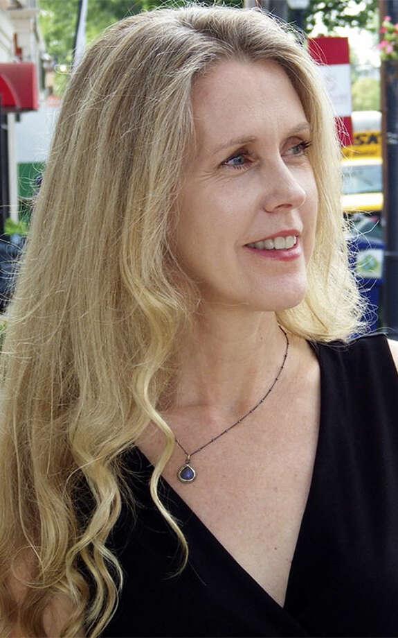 Daphne Dixon