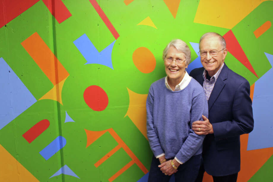 Jan and Ed MacEwen will be honored at Wilton Library's annual Spring Benefit. / Wilton Bulletin Contributed