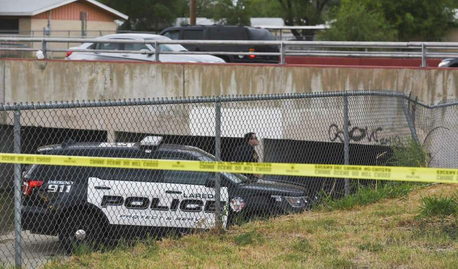 Investigators claim they have identified the man found dead under a bridge on the 4500 block of McPherson Avenue on Tuesday, but they are not yet releasing the name. Photo: Danny Zaragoza /Laredo Morning Times / Laredo Morning Times