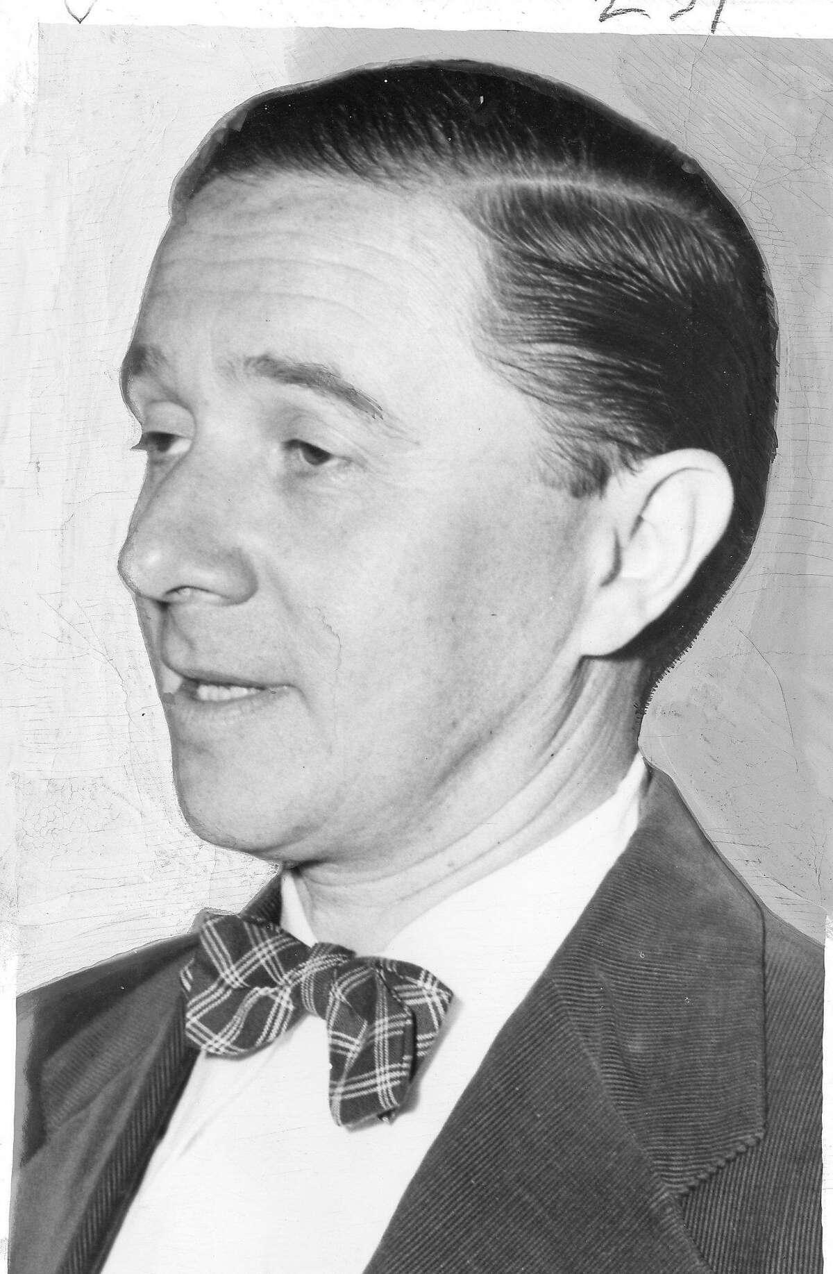 Anton Refregier, painter of the Rincon Annex murals, November 12, 1947 Photo ran 11/14/1947, p. 3