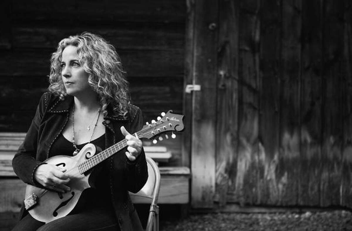HELM AT THE KATE: The Katharine Hepburn Cultural Arts Center will present a special evening with singer-songwriter Amy Helm on Friday, June 21, at 8 p.m. in Old Saybrook. Tickets are $40. See TheKate.org.