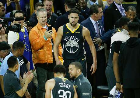 Golden State Warriors' Klay Thompson returns to the game to shoot free throws in the third quarter during game 6 of the NBA Finals between the Golden State Warriors and the Toronto Raptors at Oracle Arena on Thursday, June 13, 2019 in Oakland, Calif.