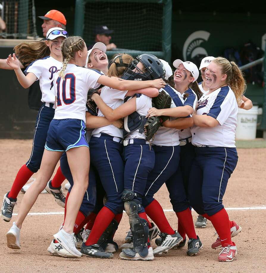 The Unionville-Sebewaing Area softball team defeated Rogers City, 8-3, Friday afternoon, to return to the finals for the first time since 2016. Photo: Paul P. Adams/Huron Daily Tribune