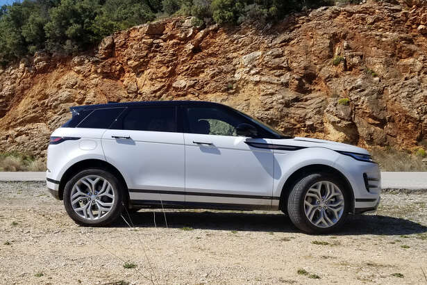 For 2020, the Evoque's footprint is nearly identical to the 2019's but is based on a new platform and a wheelbase that's 0.8 inches longer, that pays off with more knee room for the back-seat passengers and cargo room goes up 6 percent.