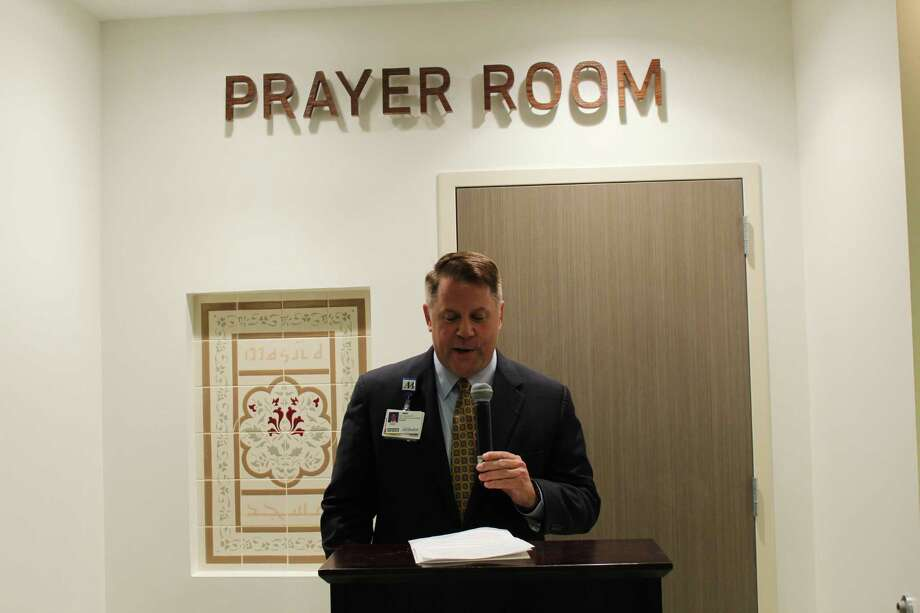 Keith Barber, CEO of Houston Methodist Willowbrook, opened the dedication for a new prayer room in the traditional Muslim style opened in the north pavilion of Houston Methodist Willowbrook. Photo: Chevall Pryce