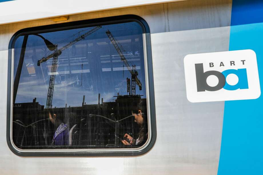 Work to replace power cables and pipes that power BART's electric trains had been causing shorter delays Sunday afternoon.  Photo: Gabrielle Lurie / The Chronicle
