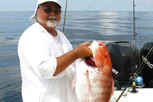 Anglers landing red snapper this year have an opportunity to aid science and their wallets if they catch one of 4,000 snapper fit with tags worth as much as $500. The tags are part of a Gulfwide research project focused on estimating the population of the popular and economically important reef fish.