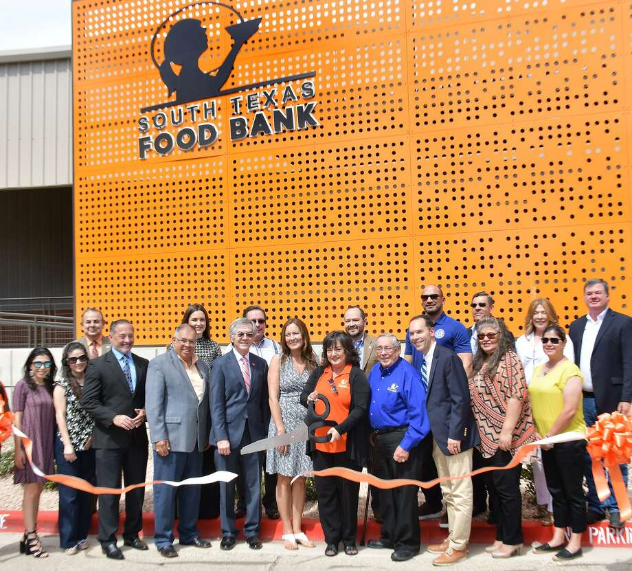 This April 26 file photo shows the grand opening of the new facility for the South Texas Food Bank. Photo: Cuate Santos /Laredo Morning Times File / Laredo Morning Times