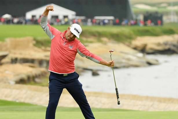 PEBBLE BEACH, CALIFORNIA - JUNE 16: Gary Woodland of the United States celebrates on the 18th green after winning the 2019 U.S. Open at Pebble Beach Golf Links on June 16, 2019 in Pebble Beach, California. (Photo by Ross Kinnaird/Getty Images)