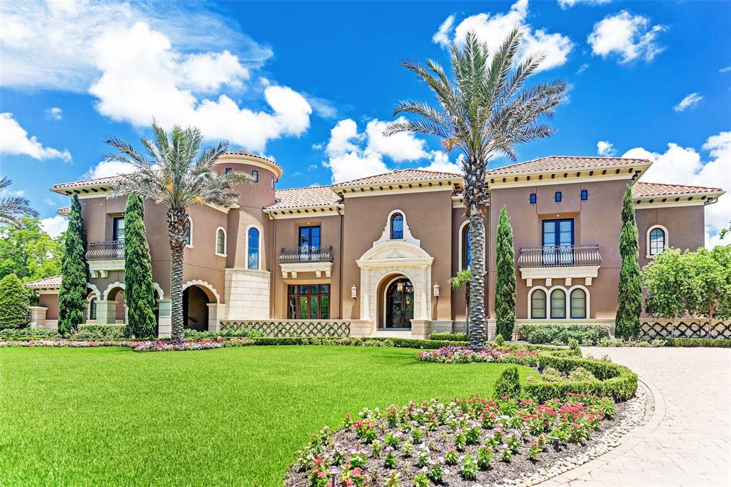 Sprawling Sugar Land mansion with backyard paradise sees massive price reduction