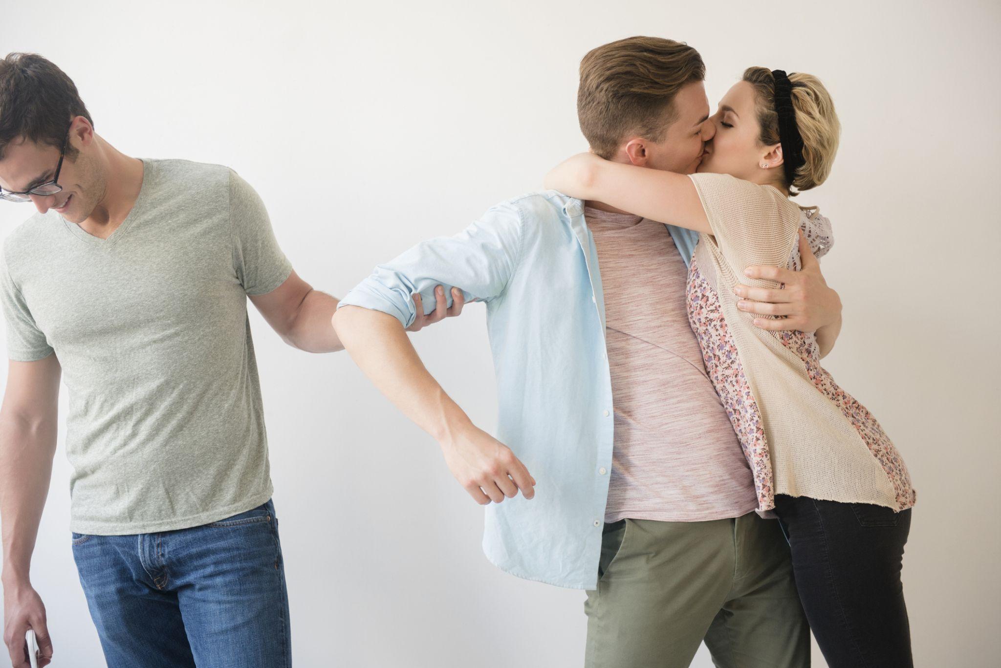 Men who use dear in online dating