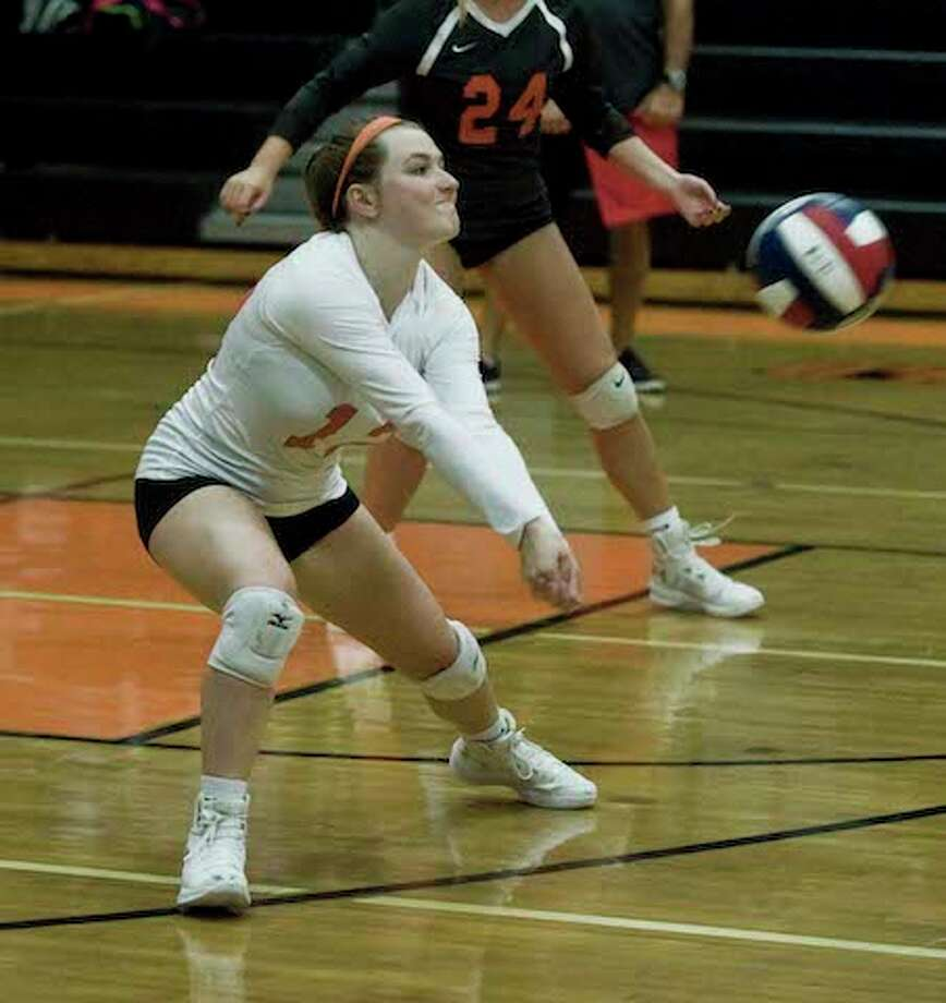 Ellie Brady and the Ridgefield High girls volleyball team defeated defending conference and state champ Greenwich. — Scott Mullin photo / Scott Mullin ownership