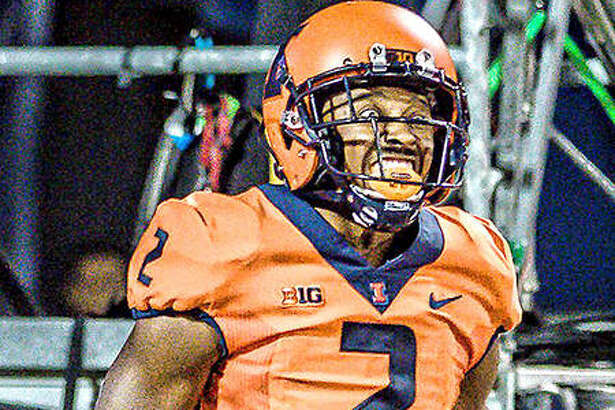 Illinois running back Reggie Corbin has receive preseason Al-Big Ten honors from three football publications. Last season, he had 128 carries for 1,085 rushing yards and nine touchdowns.