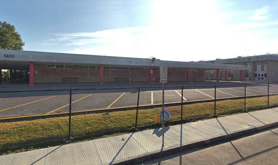 Albert Thomas Junior High SchoolHouston ISDGrade: FRegion rank: 319 Photo: Google Maps