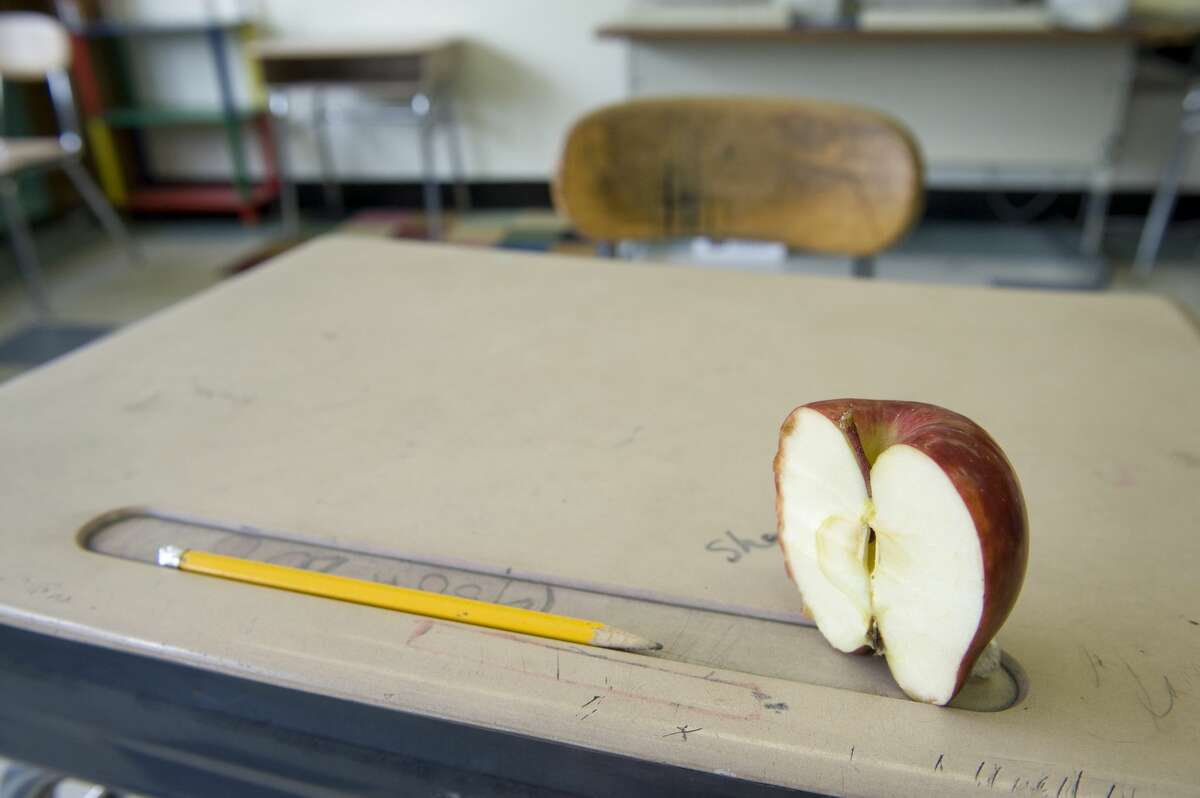Total Bridgeport District schools Enrollment: 20,770 | Average per-pupil budget: $13,416 | CT average per-pupil budget: $14,344
