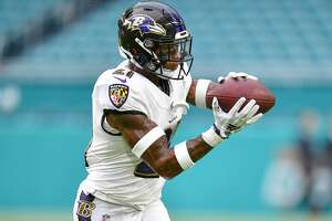 MIAMI, FL - AUGUST 25: DeShon Elliott #21 of the Baltimore Ravens in action before a preseason game against the Miami Dolphins at Hard Rock Stadium on August 25, 2018 in Miami, Florida. (Photo by Mark Brown/Getty Images)