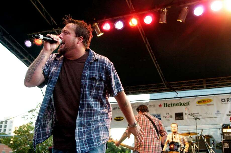 Uncle Kracker plays Alive @ Five on Thursday July 29, 2010 in Stamford, Conn. Photo: Dru Nadler, ST / Stamford Advocate