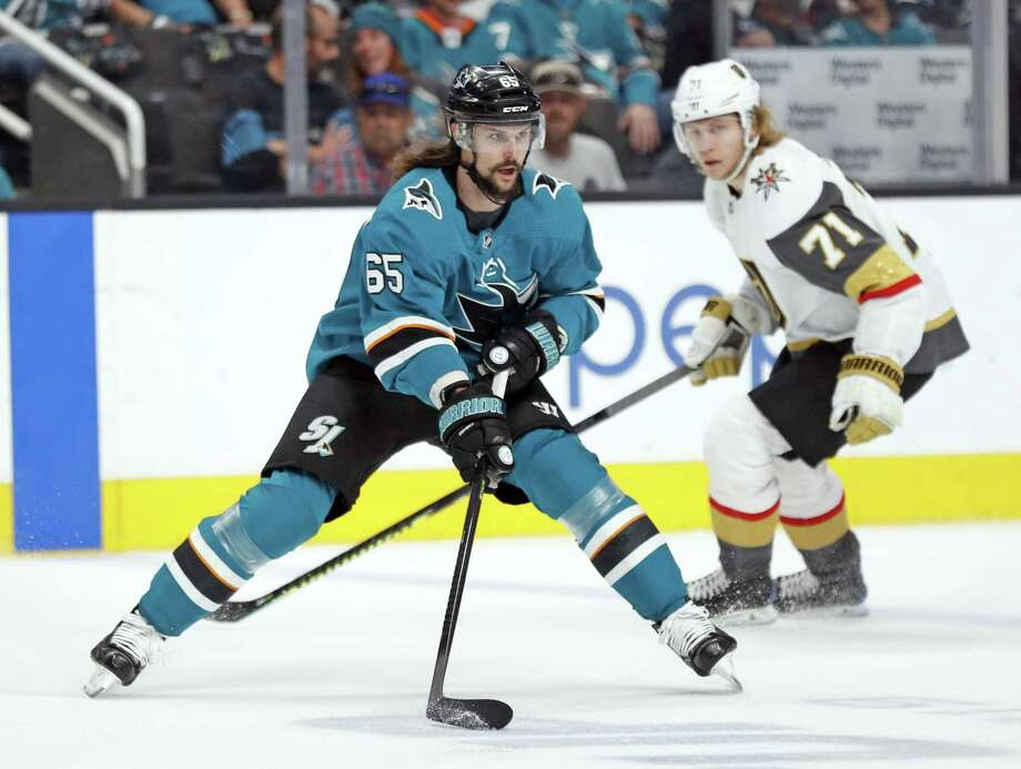 San Jose Sharks' Erik Karlsson enters the offensive zone against Vegas Golden Knights' William Karlsson in 1st period during Game 7 of NHL Western Conference 1st round playoff game at SAP Center in San Jose, Calif., on Tuesday, April 23, 2019. Photo: Scott Strazzante / The Chronicle / San Francisco Chronicle