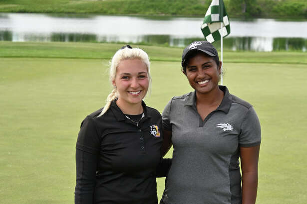 Elayna Bowser, left, and Chaithra Katamneni won the Amateur Qualifier for the Dow Great Lakes Bay Invitational on Monday at Bucks Run in Mount Pleasant.