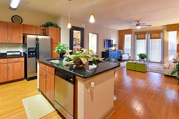 2401 S. Gessner Road. | Photo:Apartment Guide