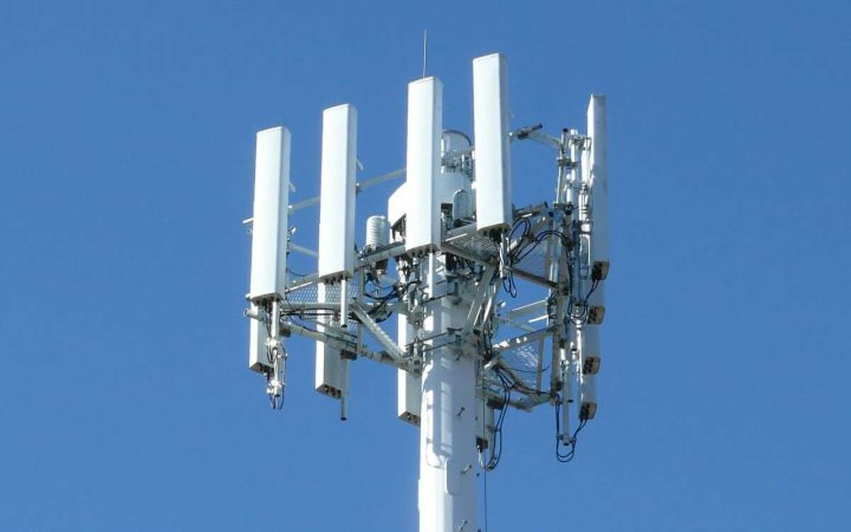 The Ridgebury cell tower will be offering Verizon coverage soon.